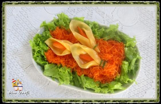 Salada de cenouras com copo de leite de queijo 3
