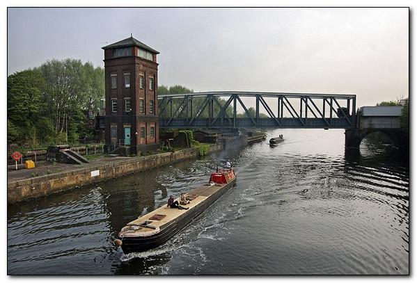 Каналы над водой или невероятные водные мосты.