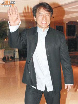 從影數十年的成龍,憑《十二生肖》首次奪「中國最佳導演獎」,可喜可賀。