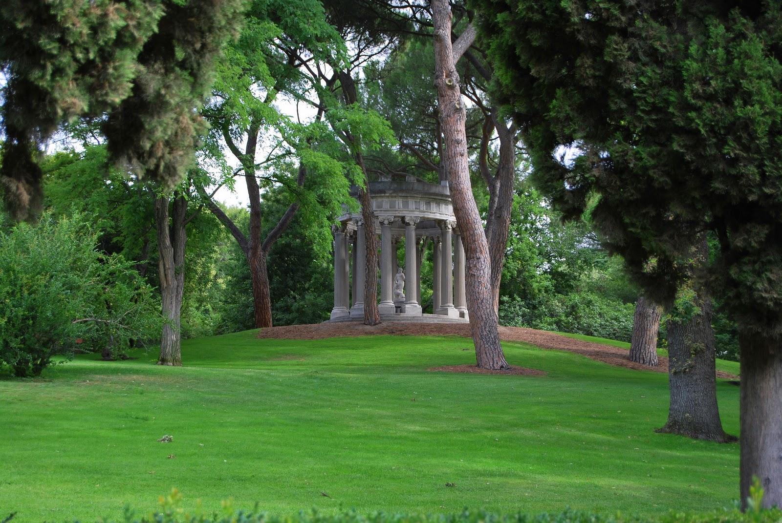 M driz hacia arriba parque el capricho for Jardines el capricho