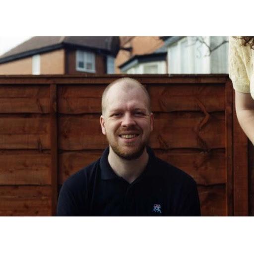 Andrew Thomson Photo 37