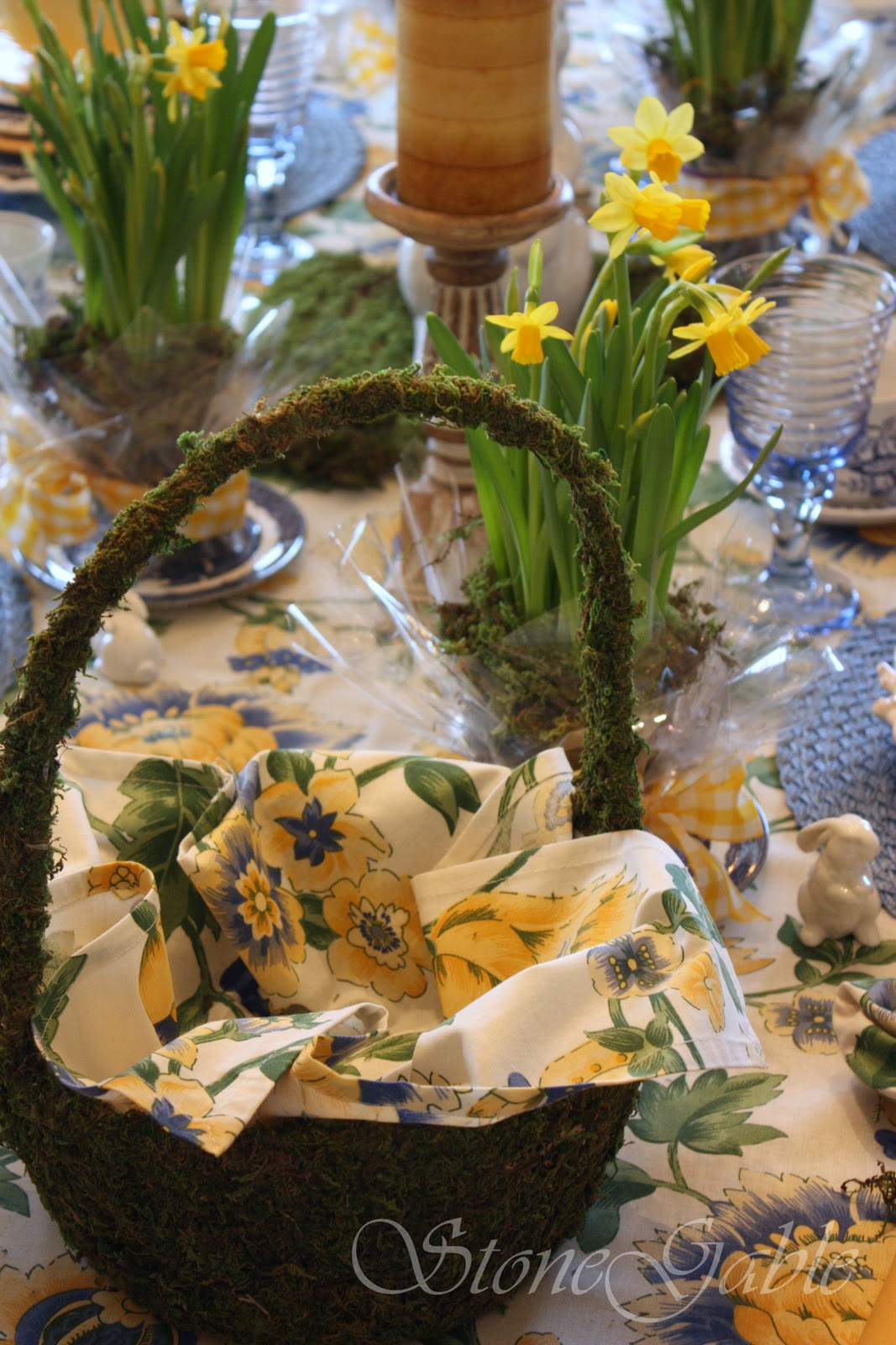 Stonegable Harbingers Of Spring Tablescape