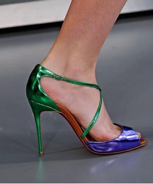 çivi topuklu, multi renk ayakkabı modeli