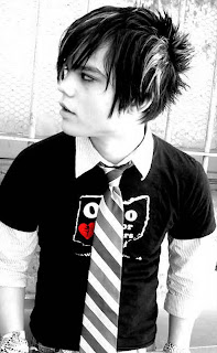 Mens Emo Hairstyles Pictures - Teen Emo Hairstyle Ideas