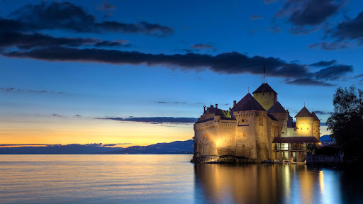 Chateau de Chillon, Montreaux, Switzerland.jpg
