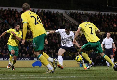 Gareth Bale, Nowich - Tottenham HotSpurs