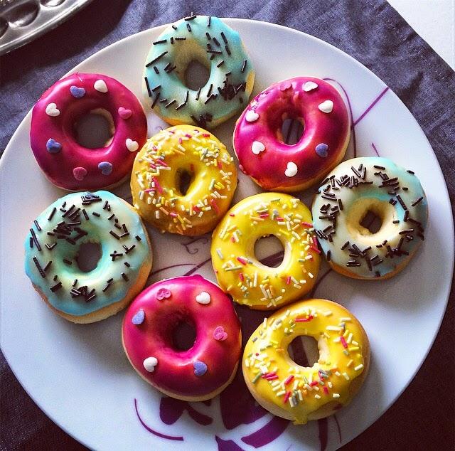 les patisseries de mama donuts facile au four. Black Bedroom Furniture Sets. Home Design Ideas