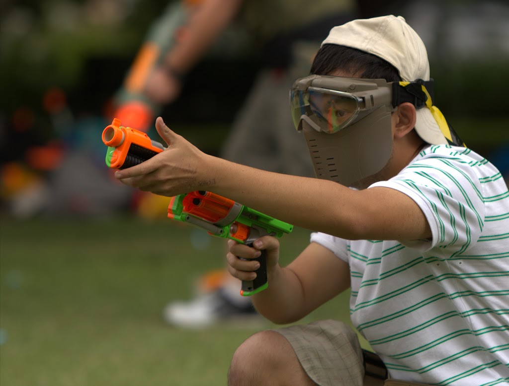 Kelvin Grove war pictures: December 18th   Picture heavy... Nerf%2Bwar%2B044
