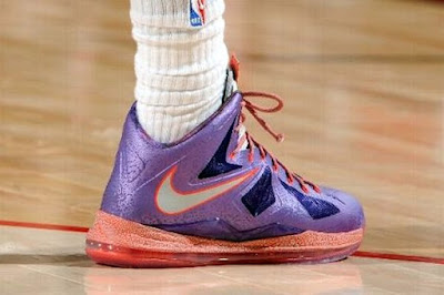 nike lebron 10 pe allstar galaxy 1 01 Closer Look at King James Nike LeBron X Allstar Shoes