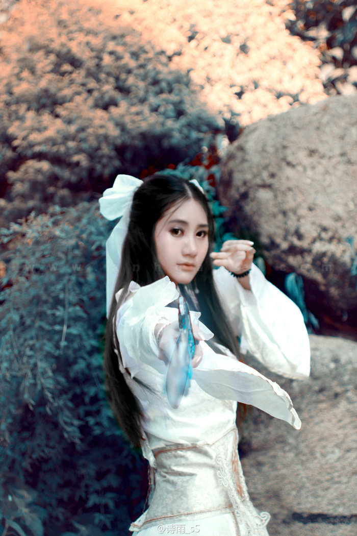 Tru Tiên: Vẻ đẹp tinh khôi của Lục Tuyết Kỳ - Ảnh 1