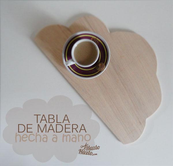 Tabla de madera hecha a mano