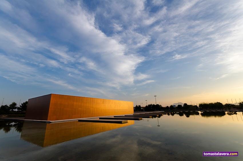Nikon D5100, 10-20 mm, Paisajes, Edificios y Monumentos, Cielo, Nubes, Reflejos, MUA, Museo, Universidad de Alicante, Sant Vicent del Raspeig,
