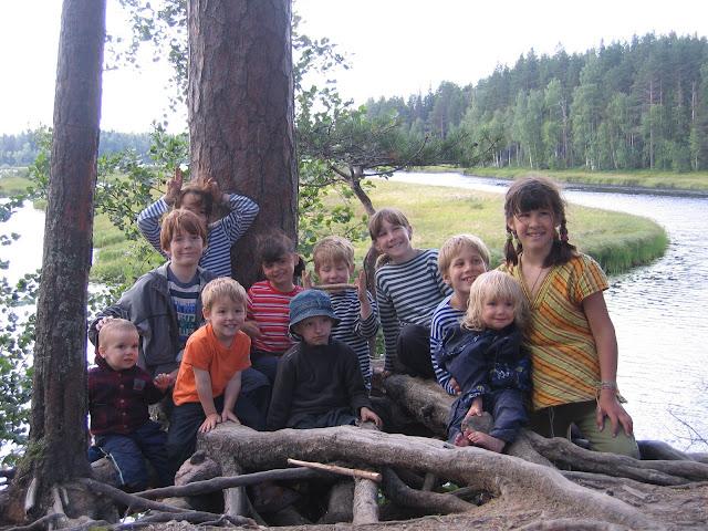 12 детей - наши матросы