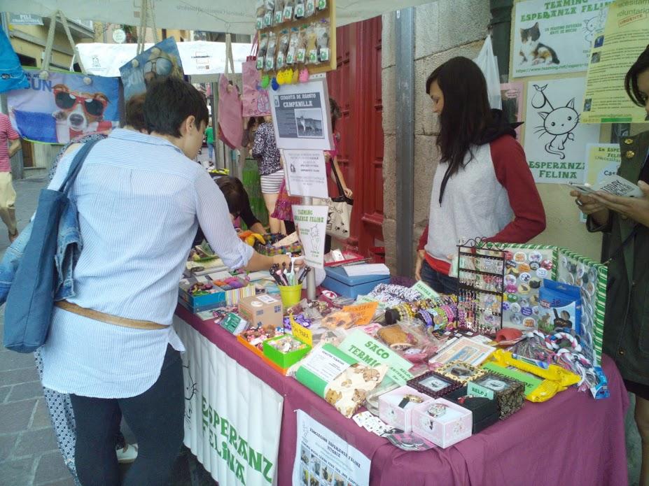 """Esperanza Felina en """"El Mercado de La Almendra"""" en Vitoria - Página 24 IMG_20150801_123254"""