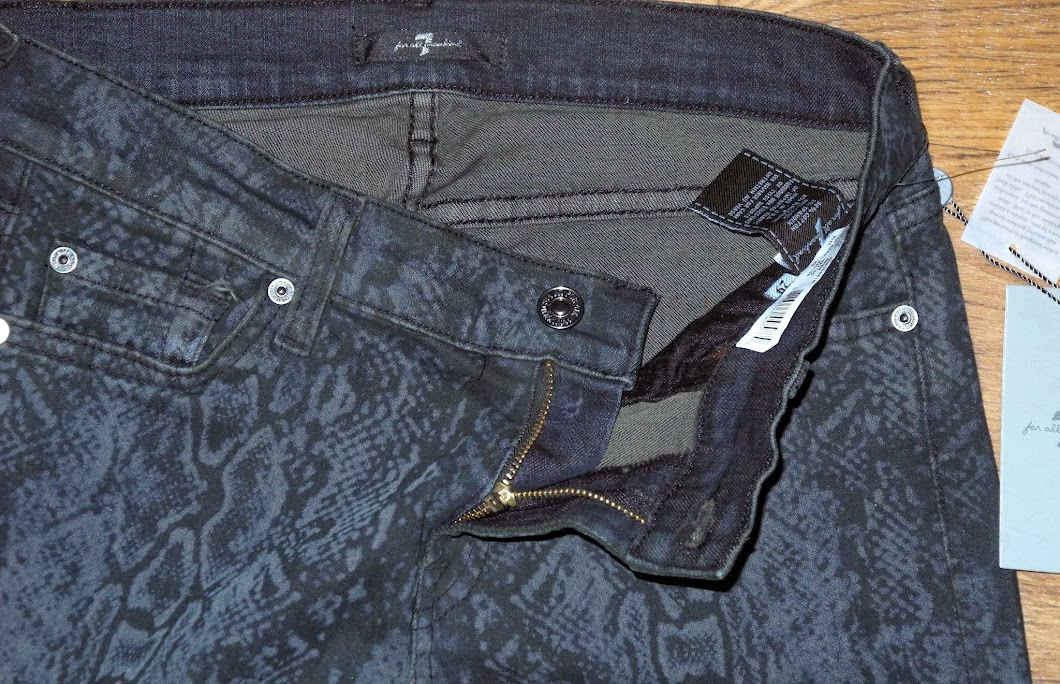 NEW 7 for All Mankind Slim Fit Skinny Leg Women/'s Snake Black Jeans Sz 24x31