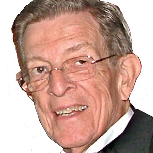 Douglas Dillard