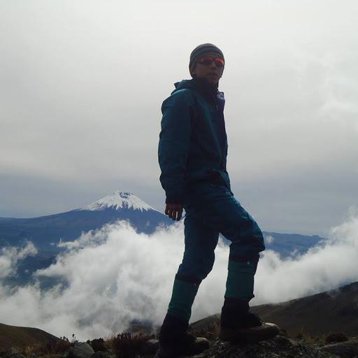 Esteban Guzman Photo 23