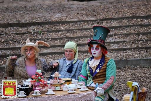 Alice in Wonderland, door Het Overloons Toneel 02-06-2012 (43).JPG