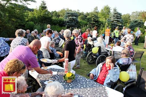 Rolstoel driedaagse 26-06-2012 overloon dag 1 (45).JPG