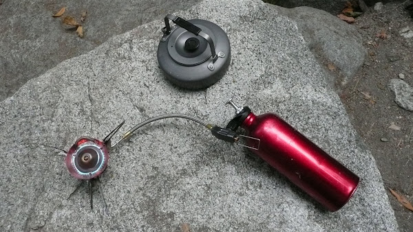 Gear Review: The New MSR Whisperlite Universal - Seattle