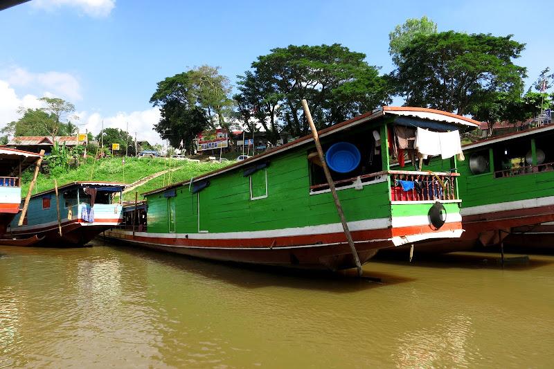Green boat at Huay Xai pier