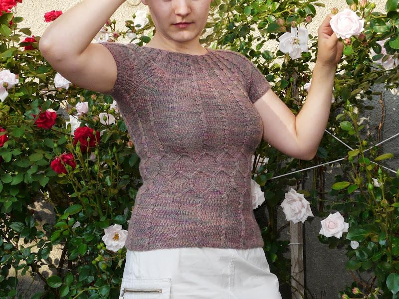 Provocare nr. 5 - Tricotat: Bluza racoroasa de vara - Pagina 5 P1260527