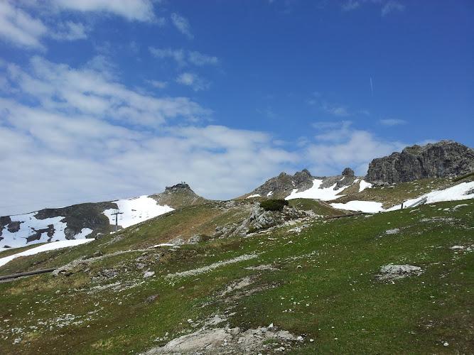 Blick vom Weg zu unserem Ziel, dem Gipfel des Nebelhorns