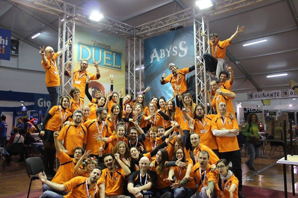 Lo staff di Asterion Press durante il Lucca Comics & Games 2015