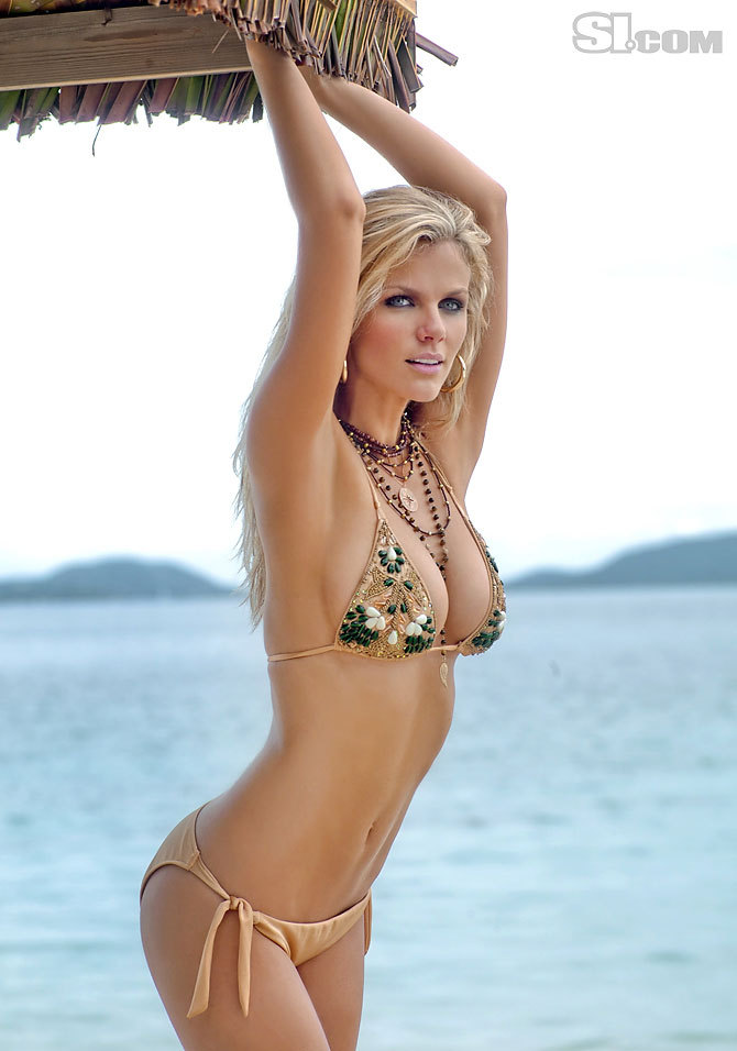 sexy hottie brooklyn decker