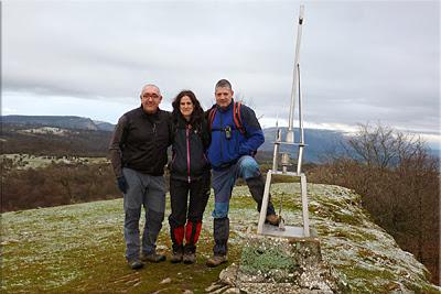 Alto del Corral/Estuñaga mendiaren gailurra 842 m.  --  2014ko urtarrilaren 19an