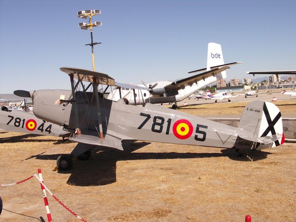 """Exhibición aerea de la Fundación """"Infante de Orleans"""". B%C3%9CCKER+131+JUNGMANN"""