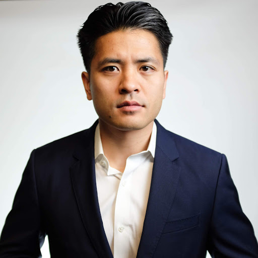 Mike Hoang Photo 21