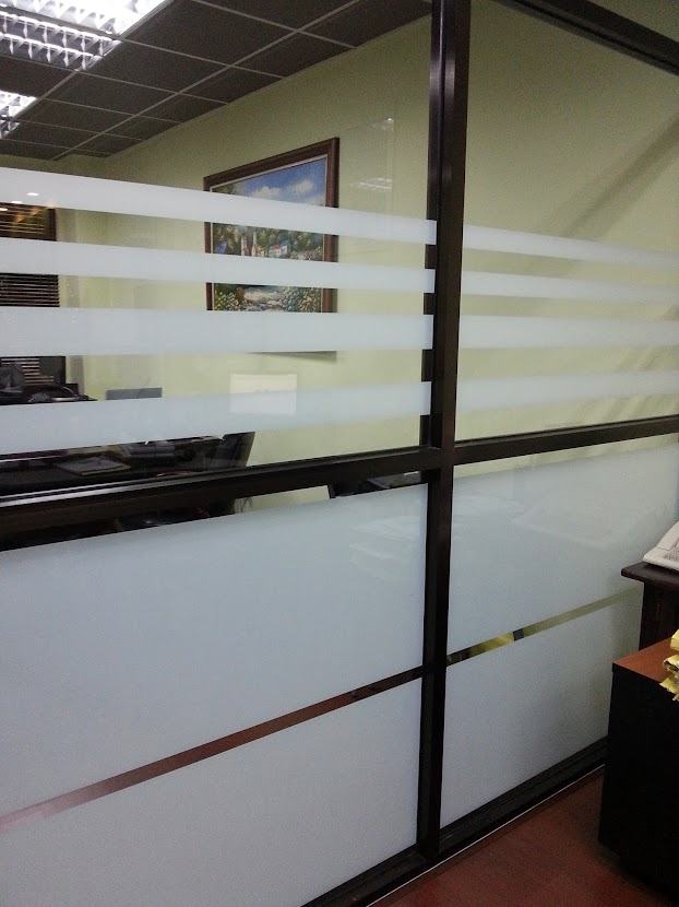 glass partition with frosted film