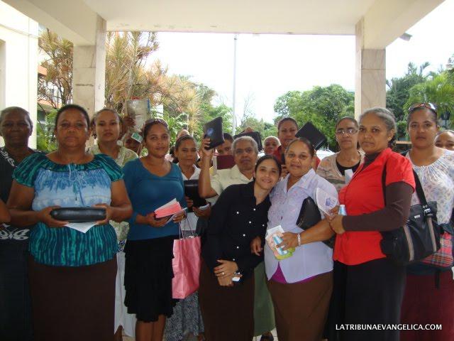 La Tribuna e IJJN evangelizan Hospital