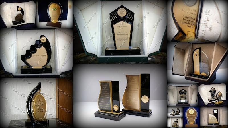 جوائز مجسمات مجموعة التوباز من عبسي