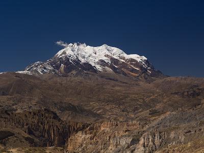 L'Illimani sortint de La Paz