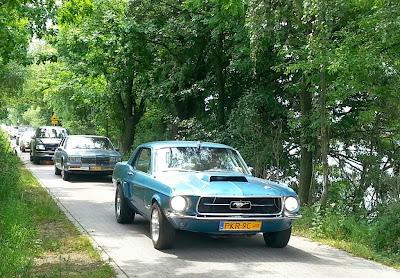 zabytkowy Ford Mustang