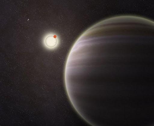 PH1的藝術概念圖,遠處的另外兩顆恆星圍繞它的兩顆主星運行