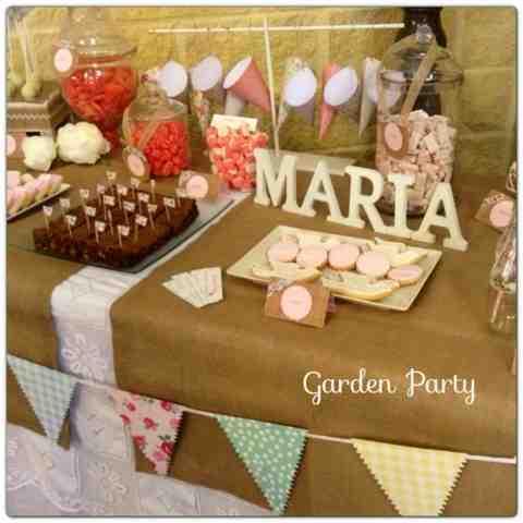 Garden party mesas dulces m laga mesa dulce comuni n mar a - Mesas decoradas para comunion ...