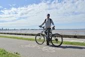 Таллин. Велодорожка вдоль моря