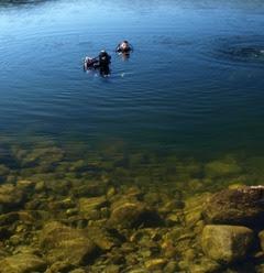 Saliendo del agua al finalizar la inmersión