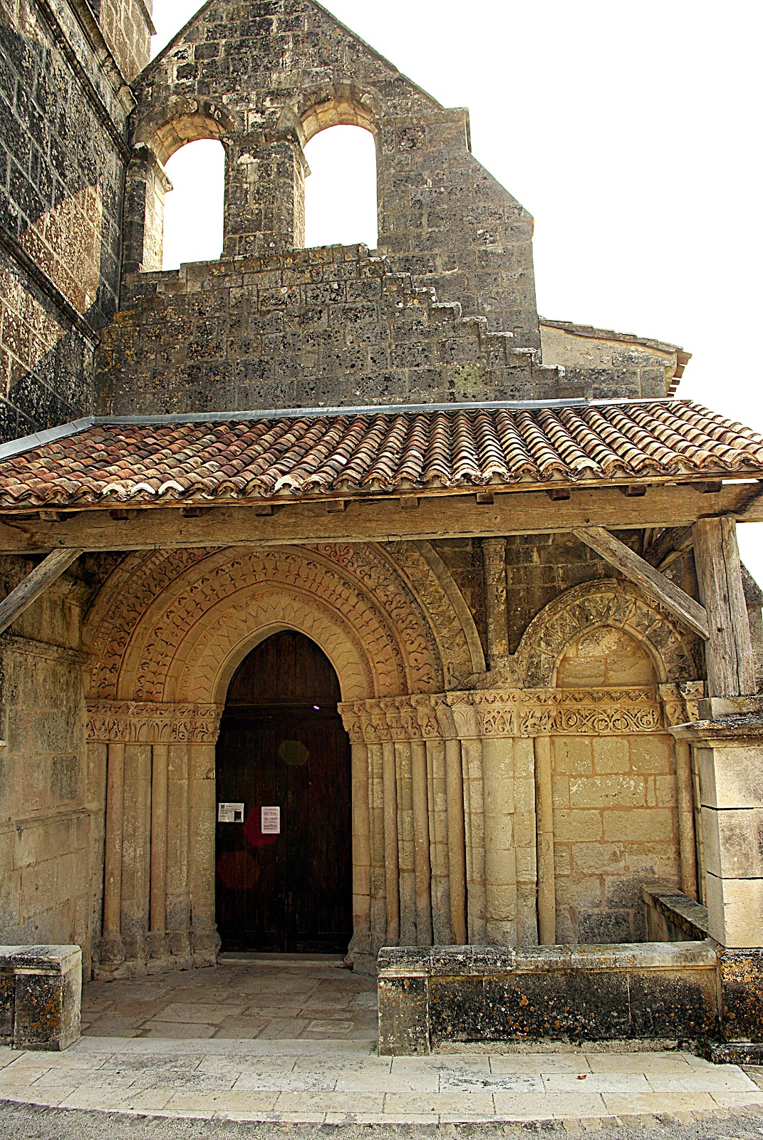 St Maclou St Nazaire Stunning Soldes St Maclou Sur Les Carreaux  # Peut On Relaquer Des Meubles Arbalete Rochebobois