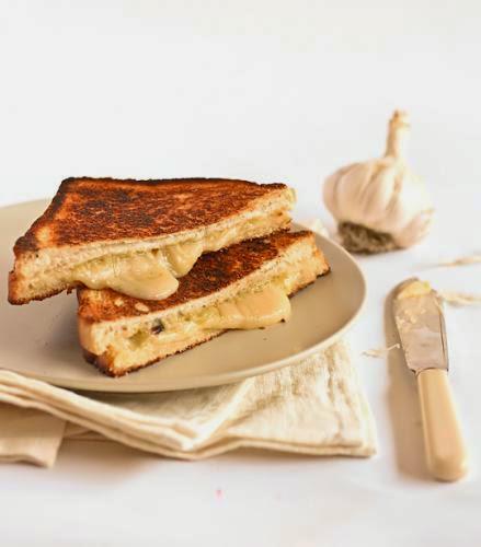 Roasted Garlic And Gruyere Cheese Toasties