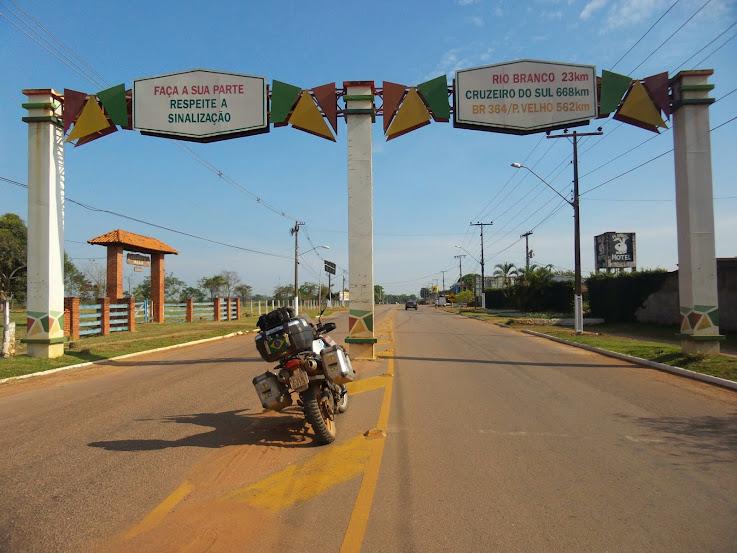 Brasil - Rota das Fronteiras  / Uma Saga pela Amazônia - Página 2 20140901_100526