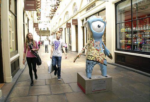 ロンドンオリンピックで市内や観光地の客足激減