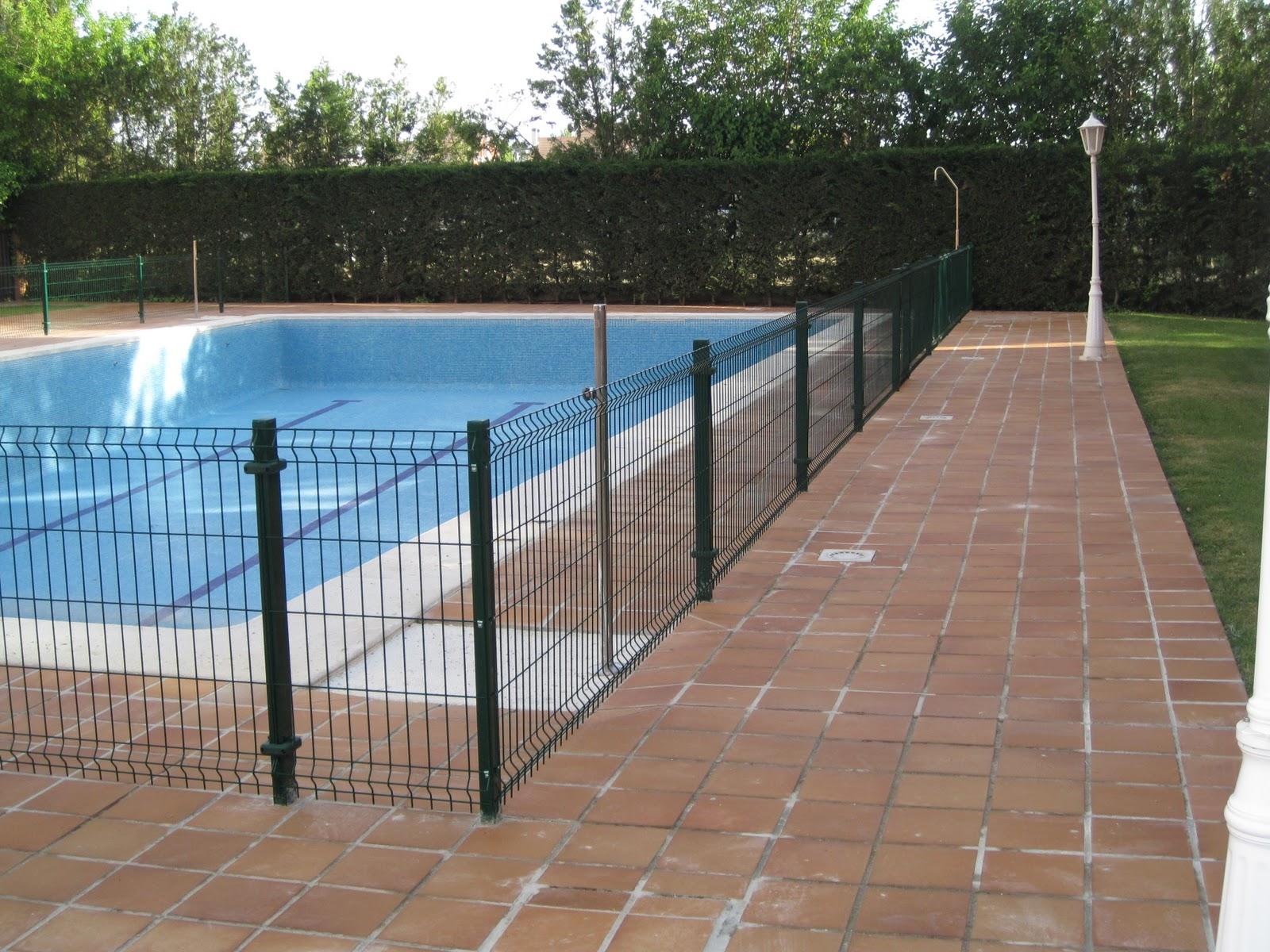 Norbel carpinteria met lica y acero inoxidable for Cerramientos para piscinas