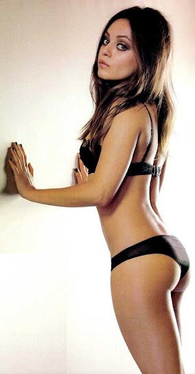 Mila Kunis, en ropa interior