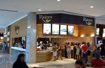 Raízes: Fachada da loja do Salvador Shopping