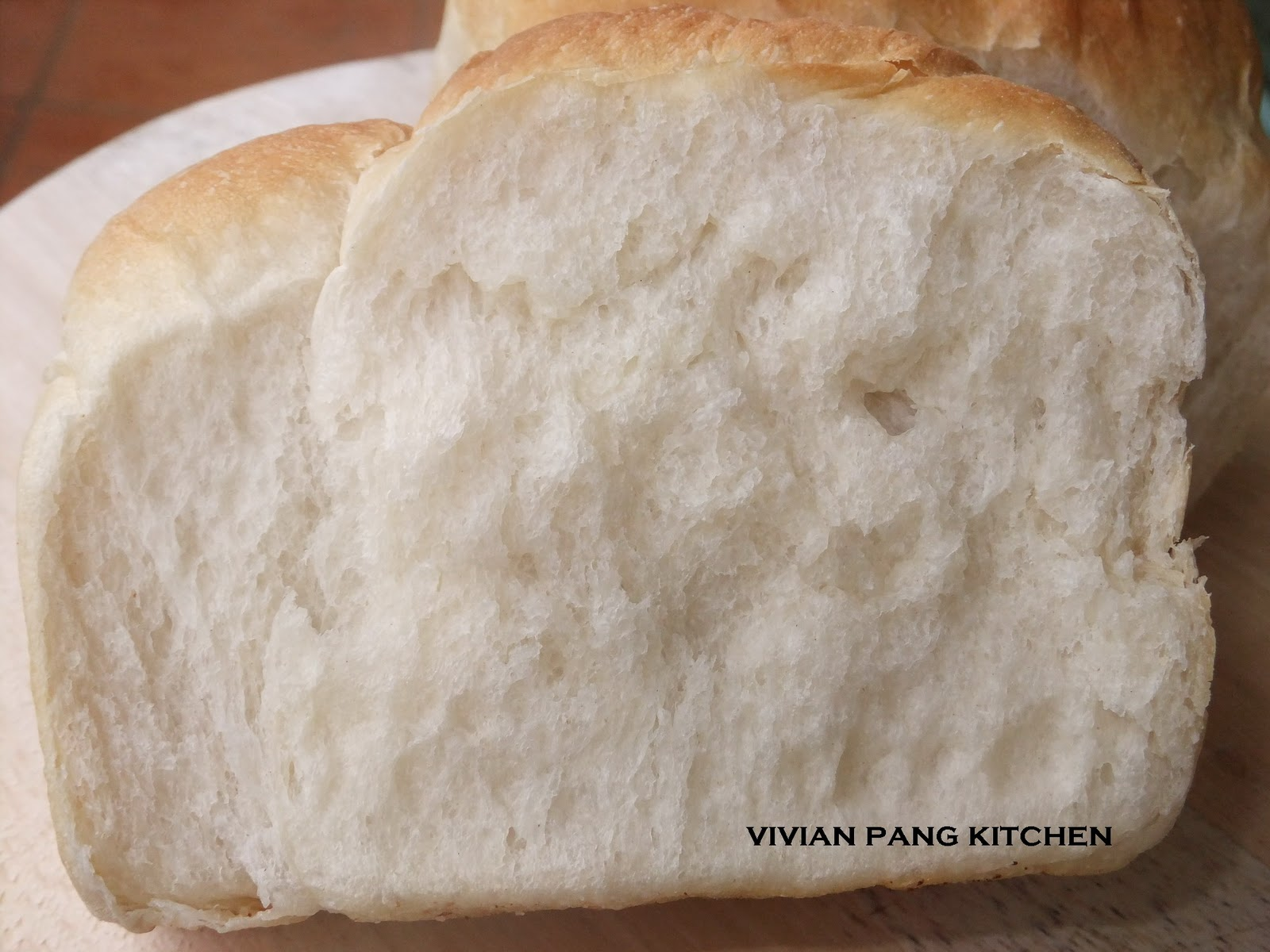 how to keep a loaf of bread soft
