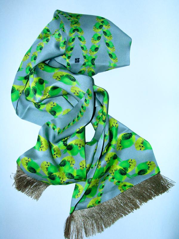 SquareLust_parrots_scarf